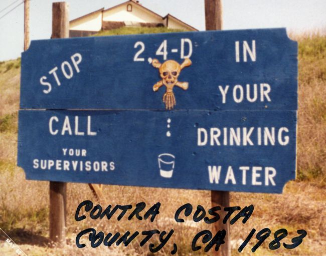 Sign in Contra Costa about waterhyacinth